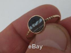 15ct gold Victorian carved hardstone (forget me not) flower ring
