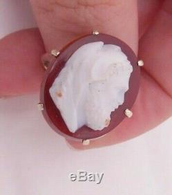 9ct gold fine Victorian carved hard stone Hurcules cameo ring, 9k 375