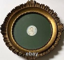 ANTIQUE Carved Wood Round Picture Frame Baby Picture 1825