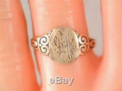 ANTIQUE VICTORIAN 10K GOLD SIGNET RING ORNATE CARVED DESIGN sz. 6 1/2