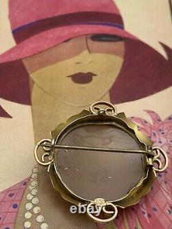 Antique Victorian 9 Ct Solid Gold Carved Cameo Shell Brooch C Clasp Old Hallmark