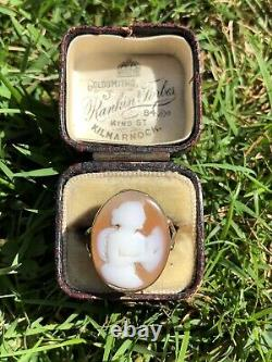 Antique Victorian Carved Shell Cameo Angel Yellow Gold Large Ring Band