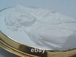 Antique Victorian Solid 14k Gold White Carved Lava Cameo Roman Godess Pin Pendan
