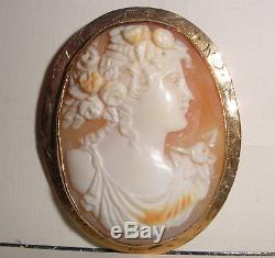Beautiful Antique Victorian 10k gold carved cameo brooch pin