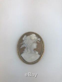 Fine Large Victorian 15ct Gold Mounted Carved Shell Cameo Brooch
