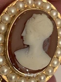 Fine Victorian 15ct Gold Carved Hardstone Agate Cameo & Seed Pearl Set Pendant