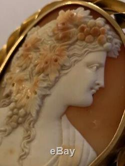 Fine Victorian 15ct Gold Carved Shell Cameo Brooch Of Outstanding Quality