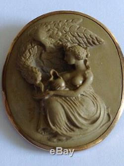 Fine Victorian 9ct Gold Mounted Carved Lava Cameo
