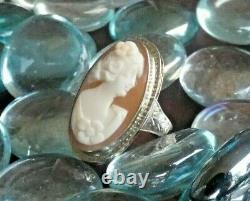 Late Victorian Era 14K White Gold Carved Shell Cameo Ring Size 3
