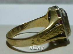 VICTORIAN 14K WHITE & YELLOW GOLD CARVED STONE sz 9.75 SIGNET STAMP RING BAND