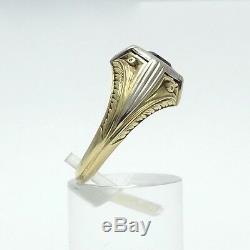 Victorian 14K Green White Gold Garnet January Birthstone Carved Band Unisex Ring