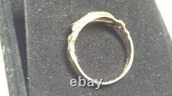 Victorian Antique/vintage carved gold ring with sapphires and diamond