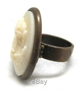 Victorian Cameo Ring 10K Gold Carved White Lava Size 7.5