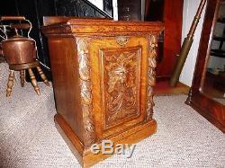 Victorian Carved Golden Oak Green Man Purdonium