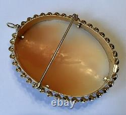 Victorian Fine Carved 14k Yellow Gold Shell Cameo Pendant Brooch