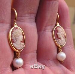 Victorian Sardonyx Relief Carved Cameo Earrings Gold Silver Natural Pear Italy