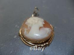 Vintage RARE Victorian 10K Yellow Gold Carved Shell Cameo 1 Round Pendant