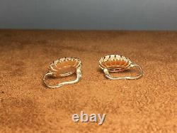Vintage Victorian 14K Gold Carnelian Italian Hand Carved Shell Cameo Earrings