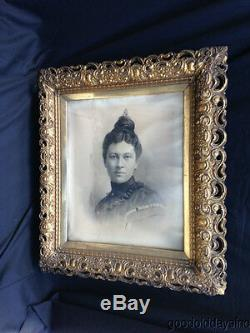 Wow Wonderful Victorian Lady Gold Gilt Picture Frame Detailed Carved